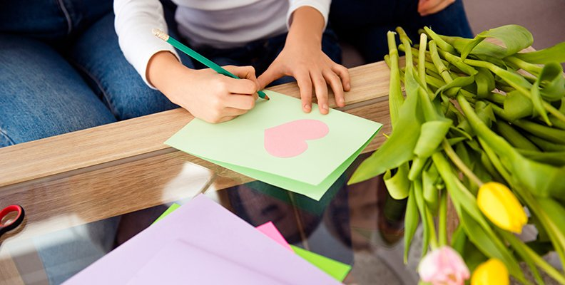 Ska man ge present till förskolans personal på avslutningen?