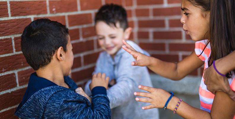 leka krig på förskolan – ja eller nej?
